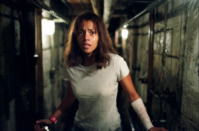 Halle Berry in Gothika