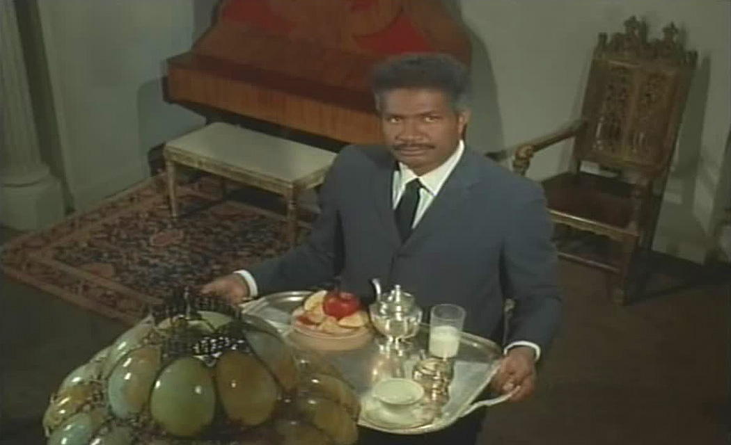 Ossie Davis in the movie Night Gallery