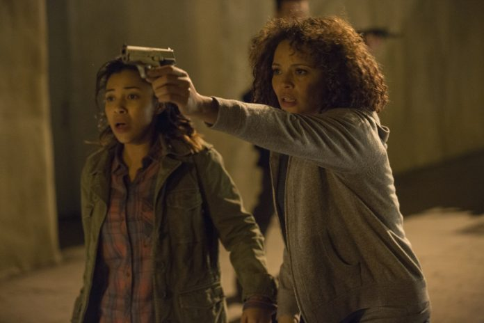 Zoe Soul and Carmen Ejogo in The Purge: Anarchy
