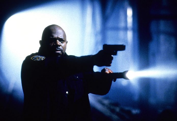 Charles Dutton in Mimic